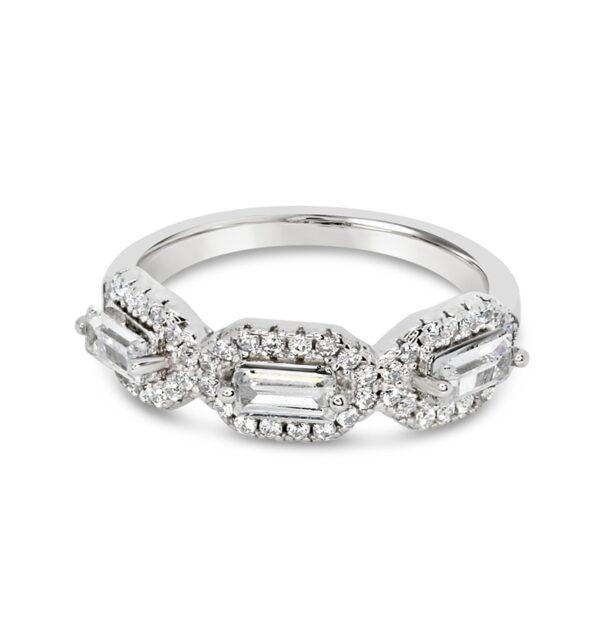 טבעת כסף שלושה זירקוני באגט